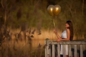 women, Model, Brunette, Long hair, Nature, Women outdoors, Looking at viewer, Open mouth, Balloons, White dress, Wood, Trees, Plants, Depth of field