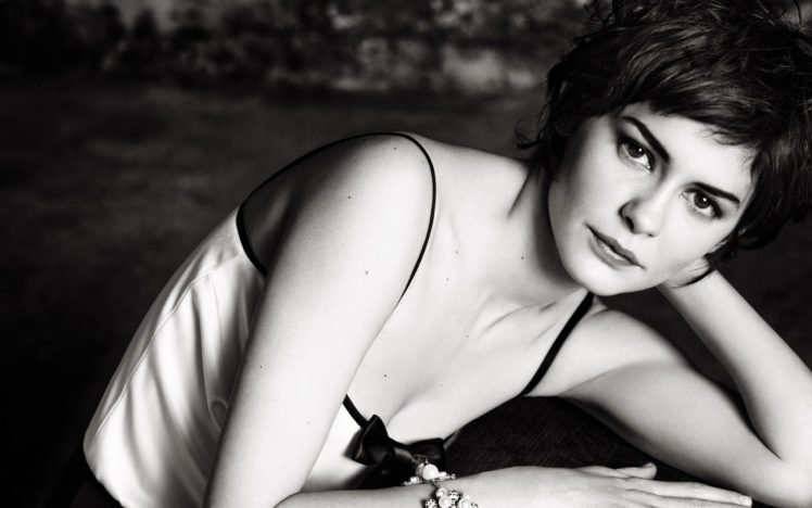 Audrey Tautou, Women, Actress, Monochrome, Short hair HD Wallpaper Desktop Background