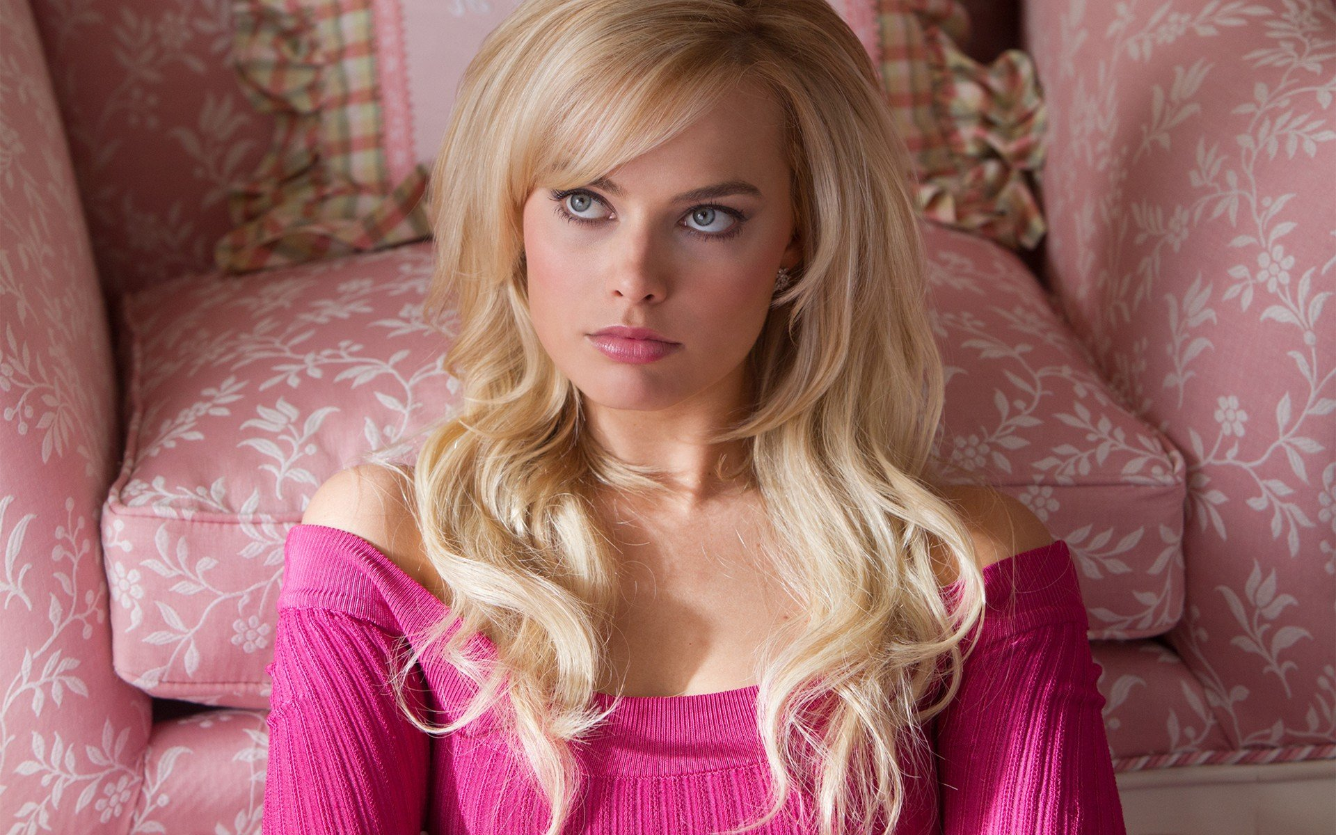 Margot Robbie Women Blonde The Wolf Of Wall Street Blue Eyes