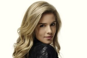 Emily Bett Rickards, Actress, Women, Blonde, Celebrity, Simple background