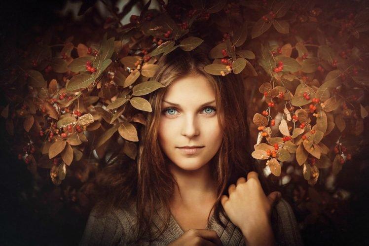 women, Brunette, Grass, Green eyes, Women outdoors, Portrait HD Wallpaper Desktop Background