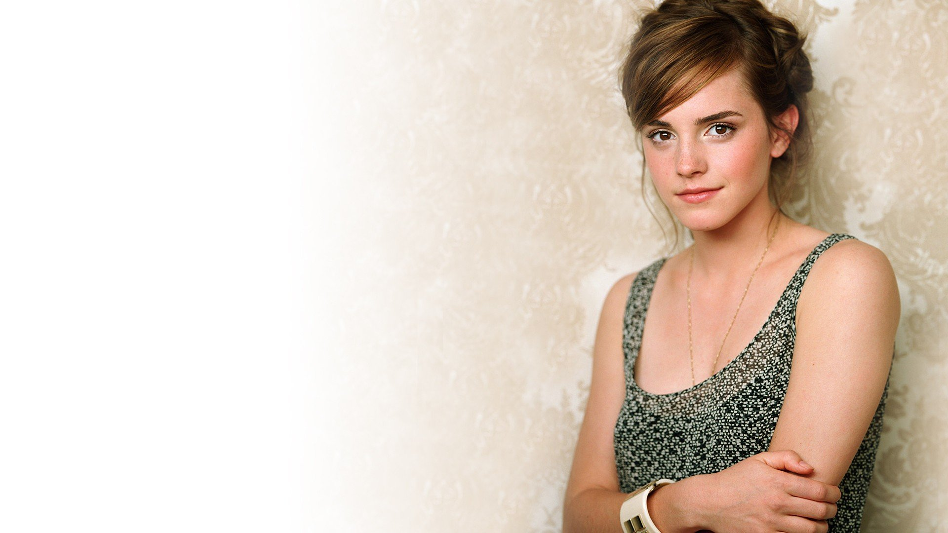 Actress Wallpaper For Mobile 26: Emma Watson, Actress HD Wallpapers / Desktop And Mobile