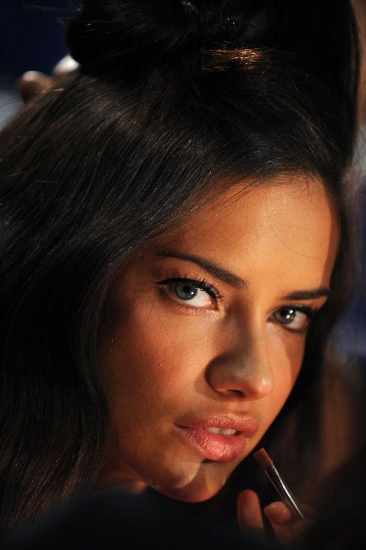 Adriana Lima, Brunette, Looking at viewer, Women, Model, Blue eyes HD Wallpaper Desktop Background
