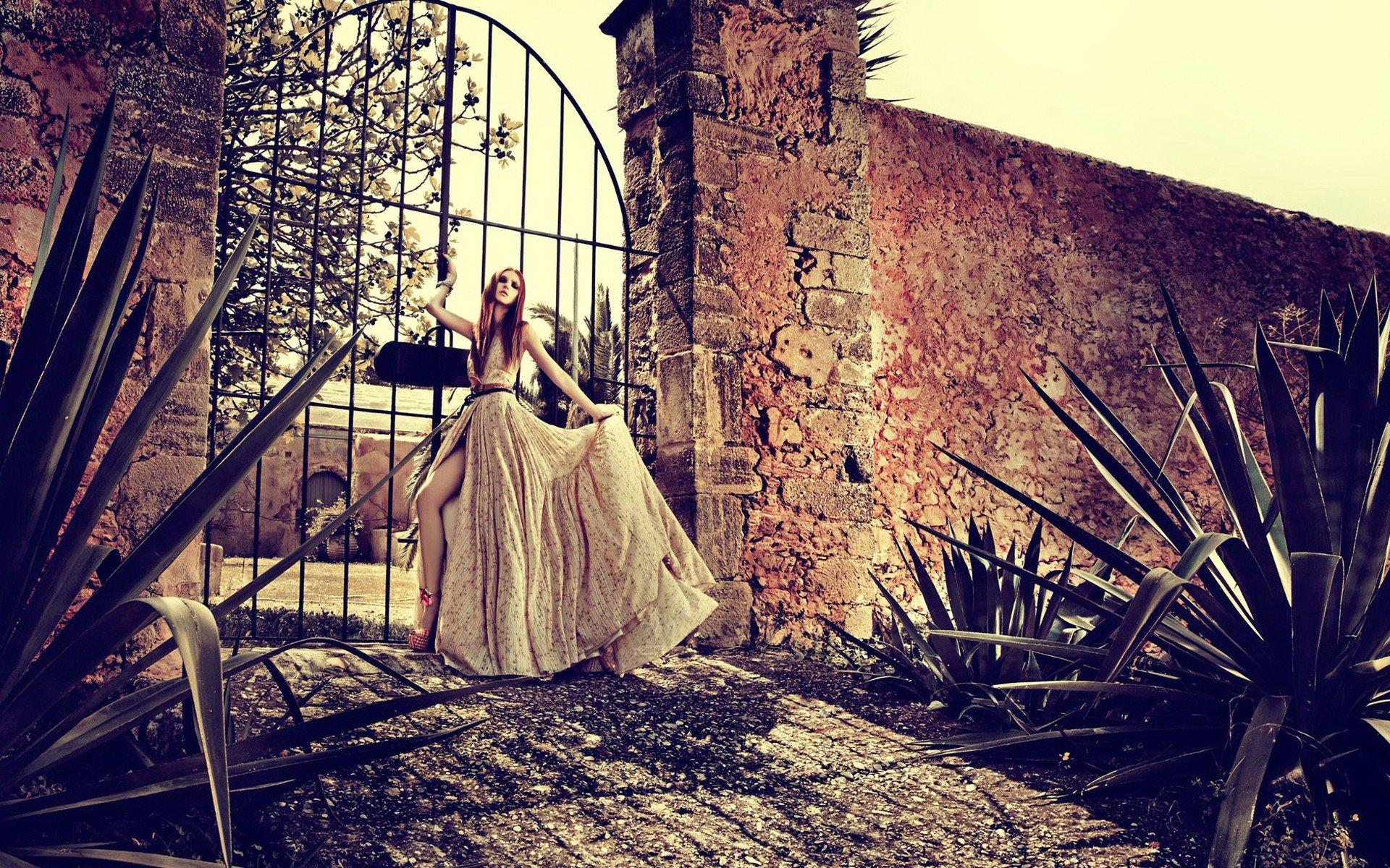women, Model, Walls, Gates Wallpaper