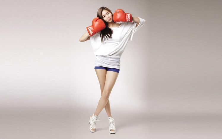 Women Model South Korea Boxing Gloves Hd Wallpapers Desktop And Mobile Images Photos