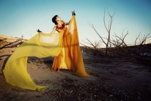 women, Model, Desert, Nature, Yellow, Branch