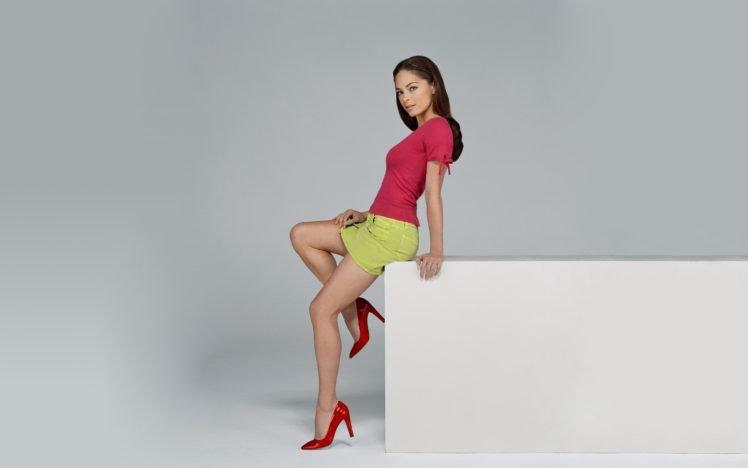 brunette, Kristin Kreuk, High heels, Model HD Wallpaper Desktop Background
