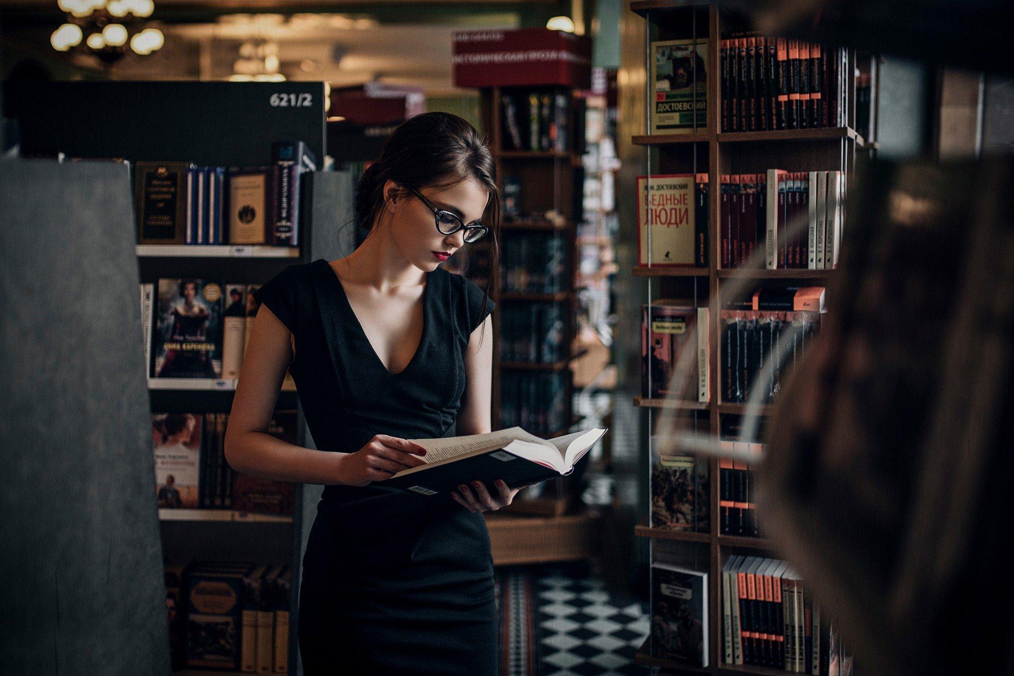 women, Russian, Books, Library, Book store Wallpaper