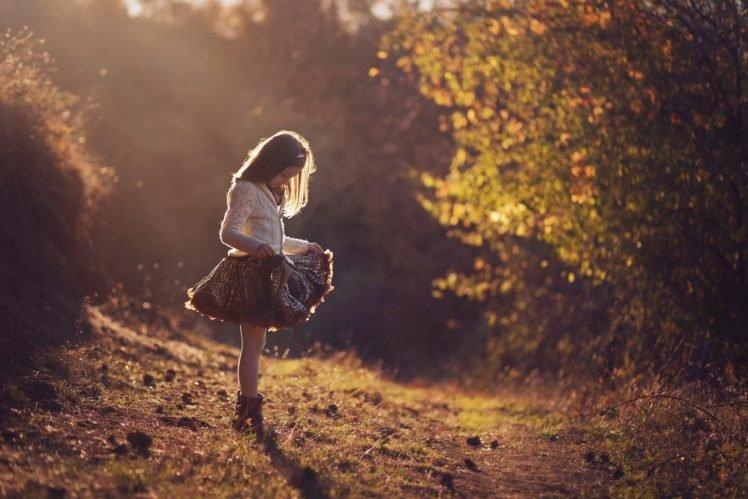 little girl, Nature, Grass, Sun rays, Depth of field HD Wallpaper Desktop Background