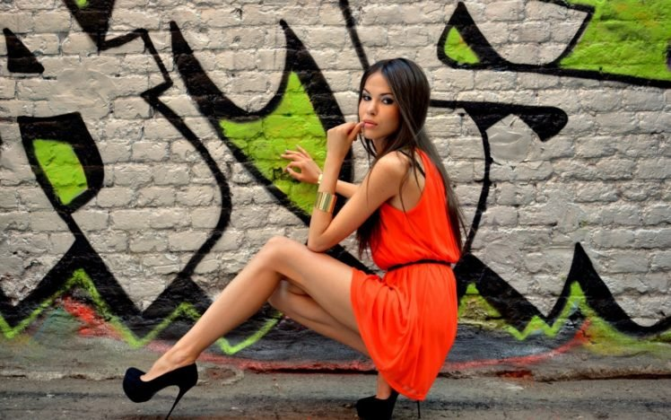 Tatyana Beglecova, Women, Model, Walls, Graffiti, High heels HD Wallpaper Desktop Background