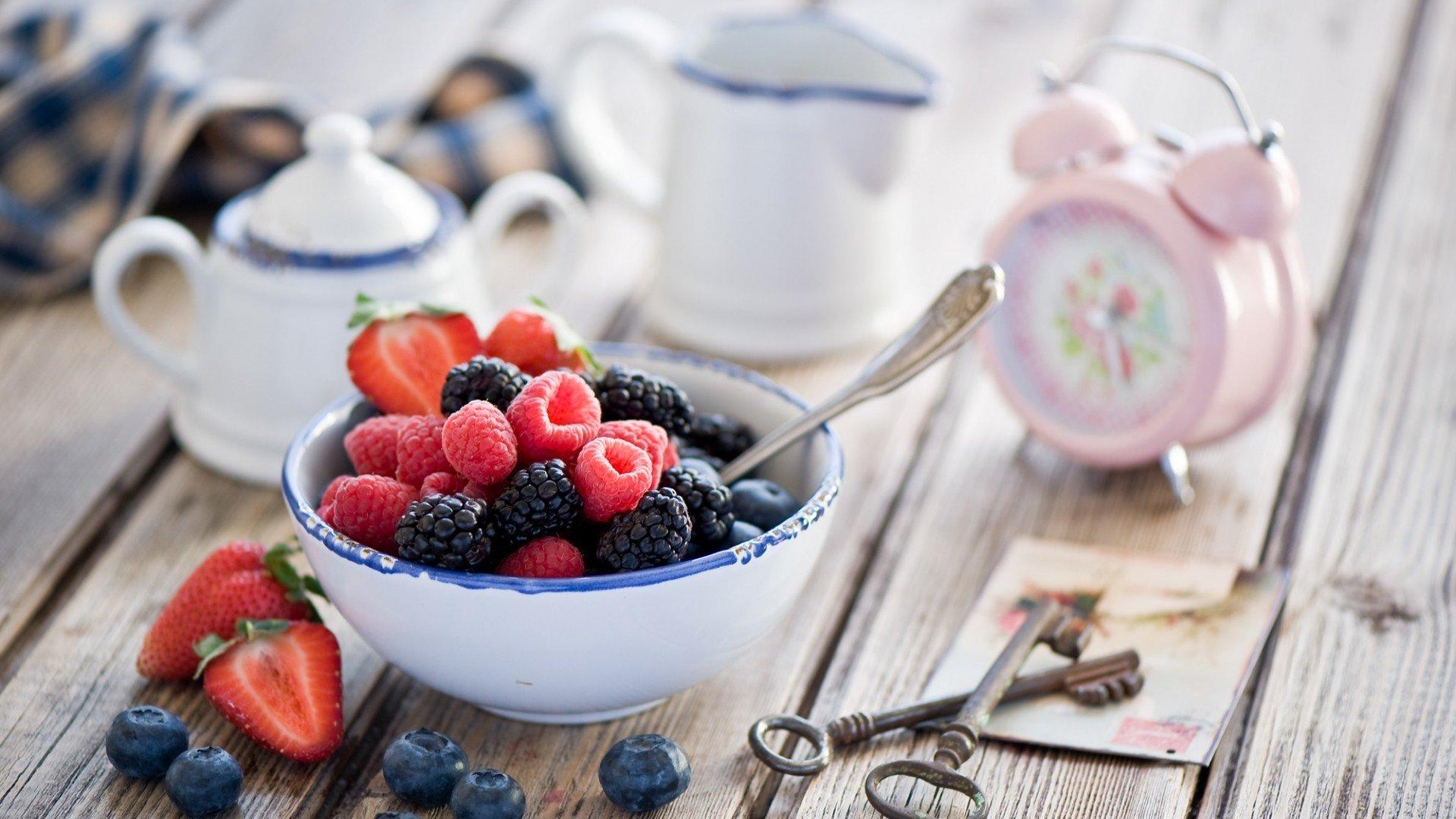 food, Blueberries, Raspberries Wallpaper