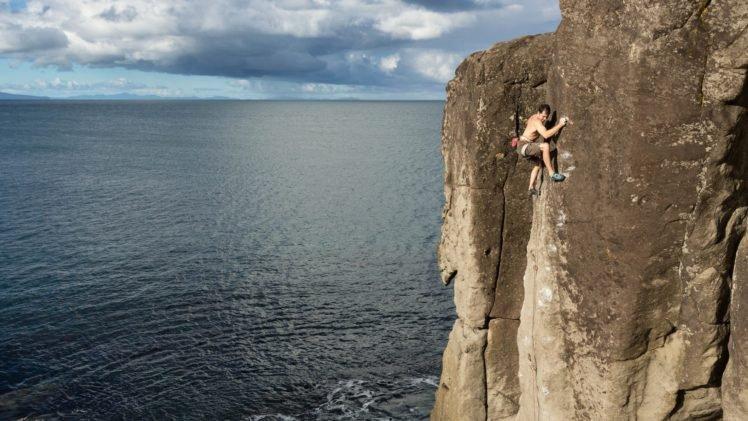 Climbing Rock HD Wallpaper Desktop Background