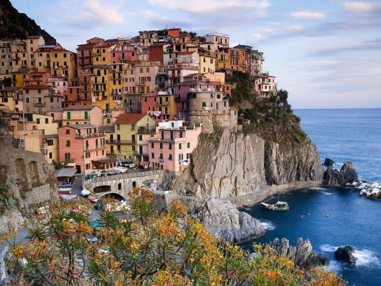 Manarola, Cinque Terre, Italy HD Wallpaper Desktop Background