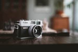 Canon, Depth of field, Camera, Wooden surface