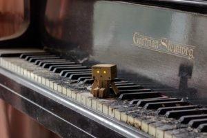 piano, Danbo