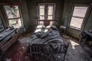 indoors, Abandoned