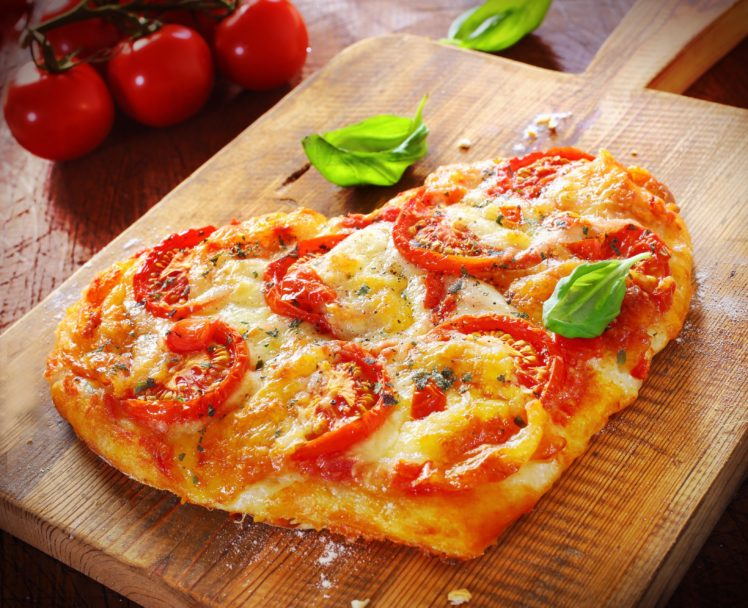 Pizza Food Hearts Tomatoes HD Wallpaper Desktop Background