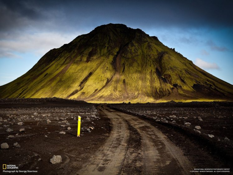 National Geographic, Mountain, Iceland, Dirt road HD Wallpaper Desktop Background