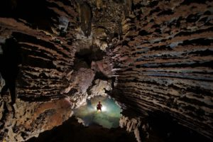National Geographic, Cave