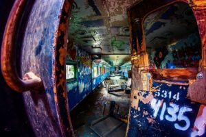 urban exploration, Train, Ruin, Graffiti