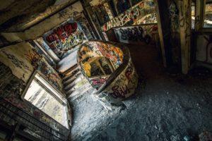 urban exploration, Graffiti, Indoors