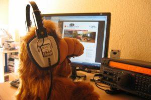 Alf, Headphones, Music