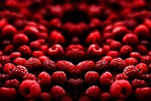 mirrored, Raspberries