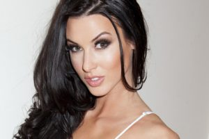 Alice Goodwin, Model, Brunette